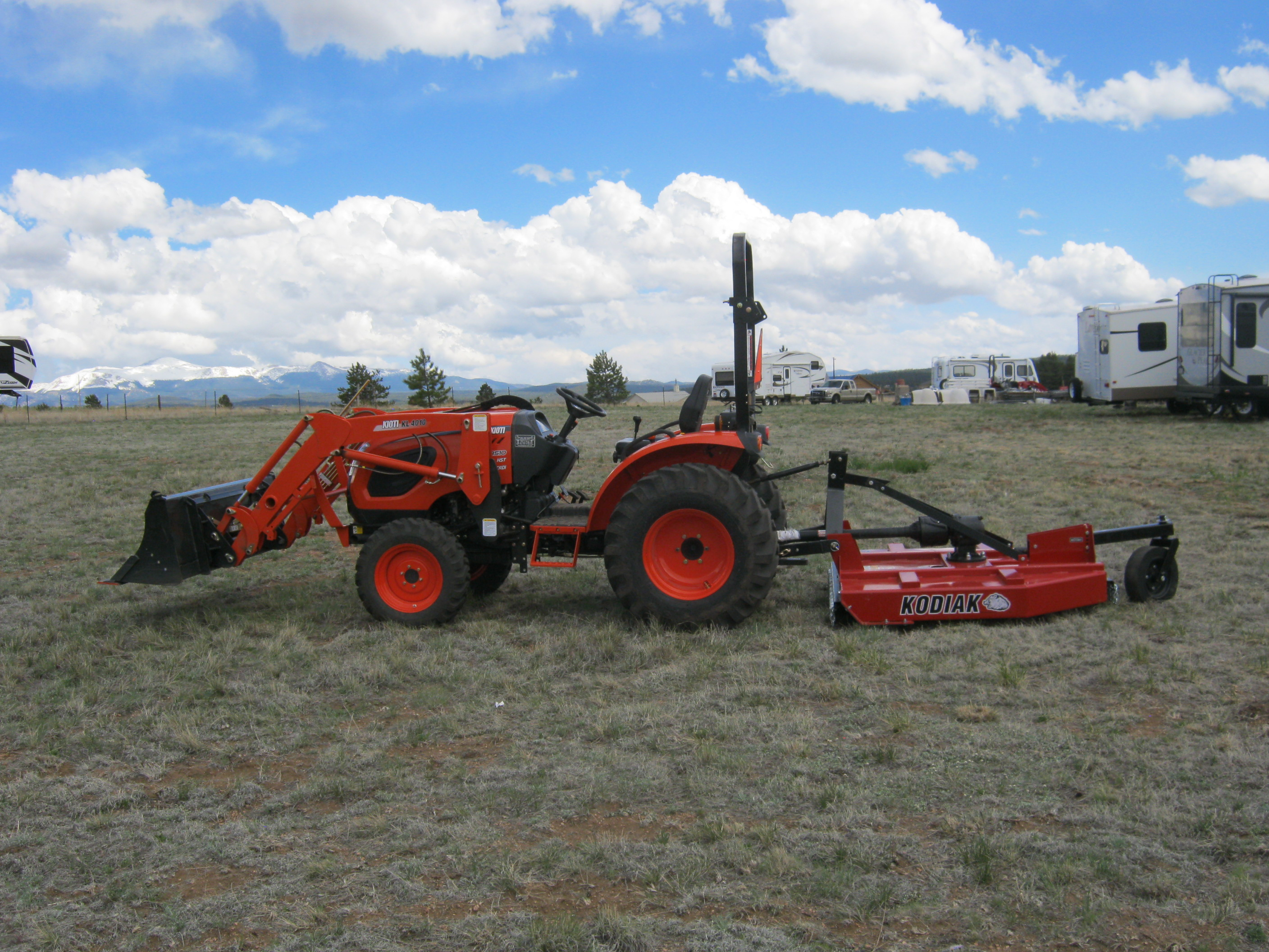 Kioti 34HP Compact Tractor with Loader and Mower